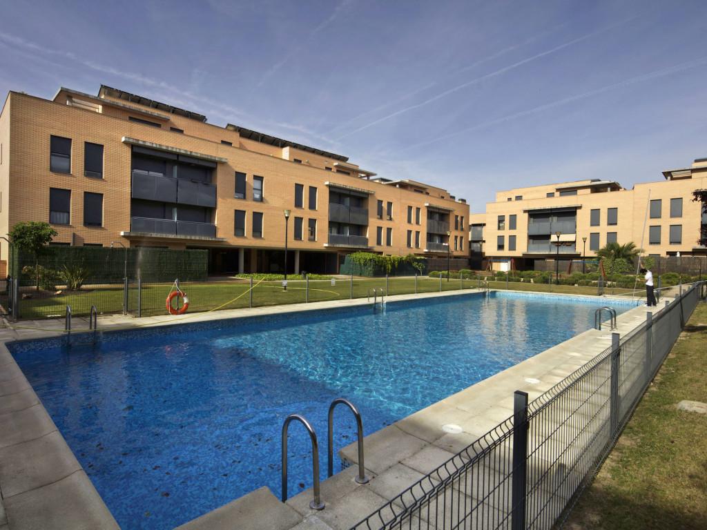 Alquiler de pisos en las rozas simple piso en alquiler en calle escalonia rozas de madrid las - Alquiler de pisos baratos en fuenlabrada ...